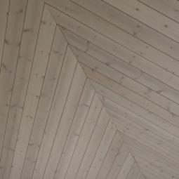 Внутренняя отделка доской из древесины кедра